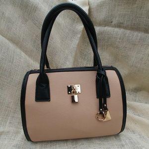 Wilson Leather Black Rivet Tan Handbag